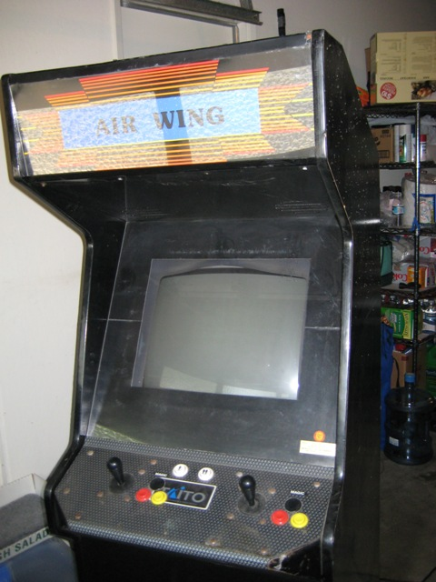 ... Jamma an old Dynamo HS-1 cabinet with Carrier Air Wing installed. No problem tearing this one up because nothing about it was original and itu0027s just ... & Freddou0027s MAME Arcade Cab (Adding Xbox 360 connectivity/SFIV upgrade)